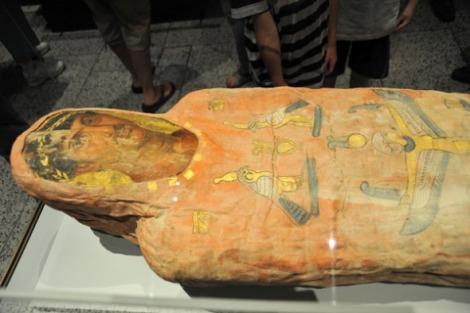 Detalle del torso de la momia Heráclides (www.redhistoria.com)