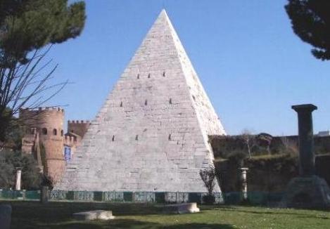 Pirámide de Cayo Cestio, Roma. (http://www.exploraroma.com/)
