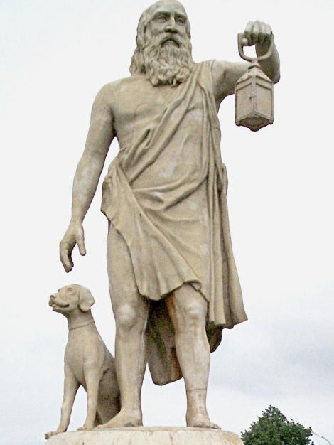 Escultura de Diógenes en Sinope (actual Sinop, Turquía. Fuente: Wikipedia).